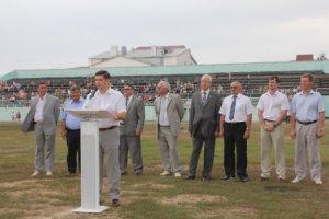 """18 августа 2012 года на стадионе  """"Шахтер """" г. Кумертау прошли праздничные торжества, посвященные профессиональному..."""