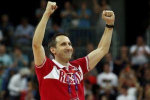 Сборная России по баскетболу осталась без главного тренера