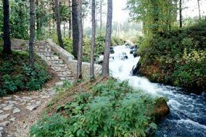 Почему туристы предпочитают отдых в Свердловской области