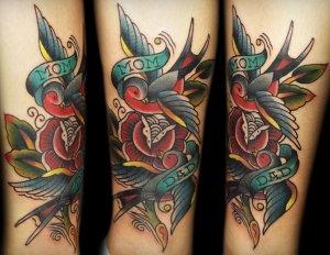 Французам вновь разрешили цветные татуировки!