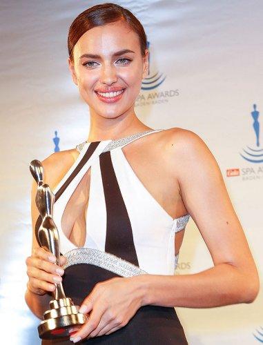 Ирина Шейк покорила своим образом на церемонии Gala Spa Awards 2014