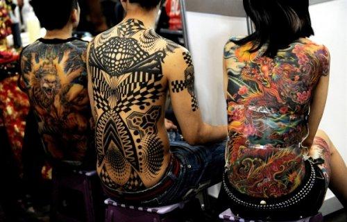 Современные татуировки могут быть нанесены не только на тело человека
