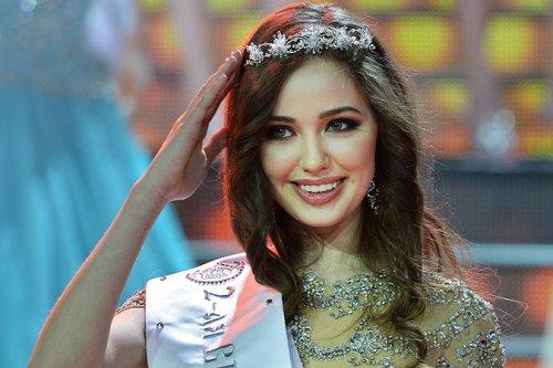 Почему «Мисс Россия» Юлия Алипова не едет на «Мисс Мира»