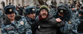 Митинг на Манежной площади – задержаны около ста человек