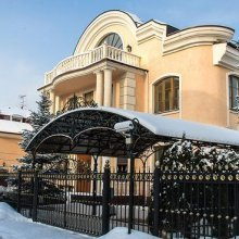 Светская львица Анастасия Волочкова приобрела особняк за 3 миллиона долларов