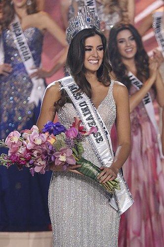 Колумбия празднует победу на «Мисс Вселенная-2015»