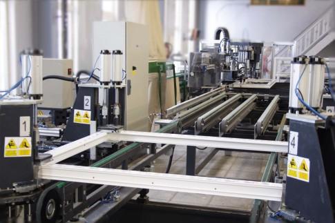 Европейскими лидерами по производству окон ПВХ являются немецкие компании