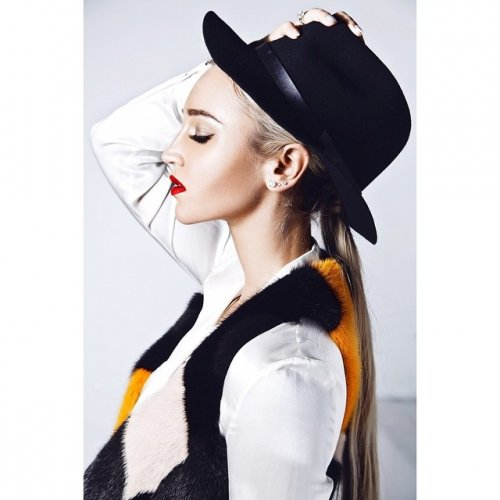 Ольгу Бузову назвали молодой Мадонной