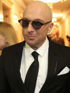 Дмитрий Нагиев никогда не снимет очки, как Боярский - шляпу