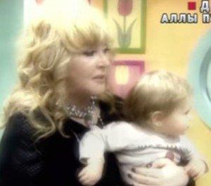 Примадонна согласилась показать подросших Гарри и Лизу