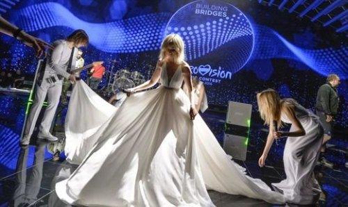 Полина Гагарина  показала платье для «Евровидения» 2015