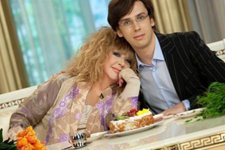 Максима Галкина с 39-летием поздравила супруга Пугачева и певец Филипп Киркоров