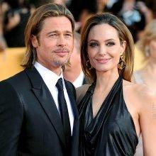 Голливудская пара Брэд Питт и Анджелина Джоли побывала в гостях у королевской семьи