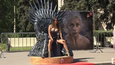 Вызывающие фотографии Берковой на троне «Игры престолов» взбудоражили интернет