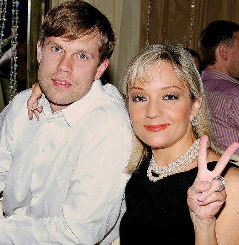 Буланова скрывает от сына развод с Радимовым
