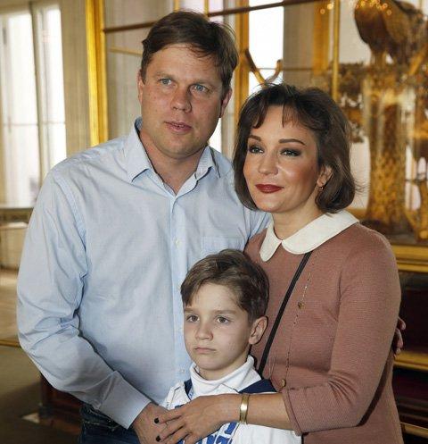 Татьяна Буланова появилась на публике с экс-мужем