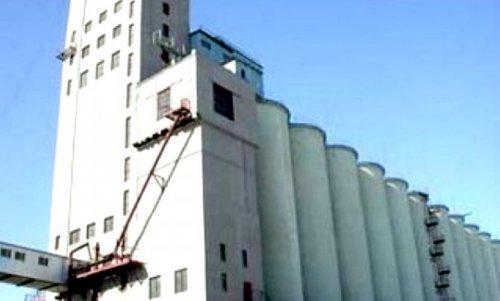 Преступники пытались взять штурмом завод на Урале