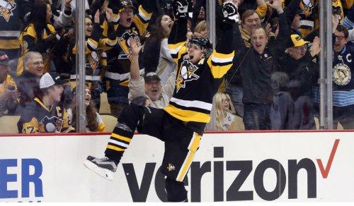 В сверхрезультативном матче «Питтсбург» - «Вашингтон»  три шайбы Малкина принесли победу «пингвинам»