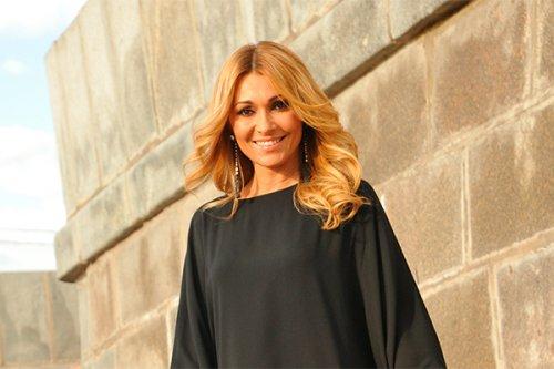 46-летняя Агурбаш разделась в новом клипе