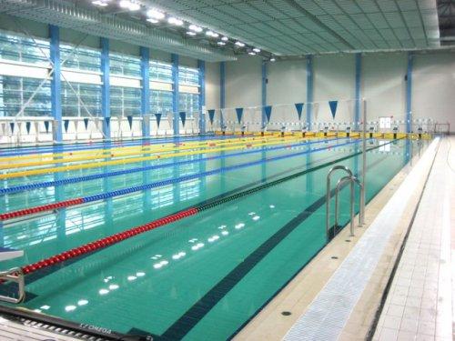 Сколько мочи в посещаемом вами бассейне?