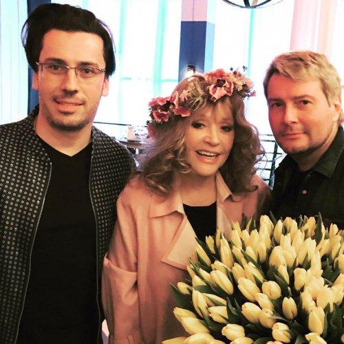 Алла Пугачева разрешила весну