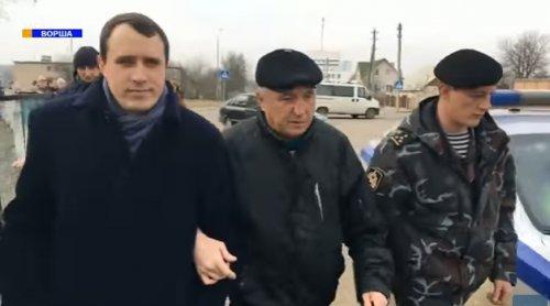 Активиста белорусской оппозиции бесцеремонно задержали за участие в «марше недармоедов» в Орше