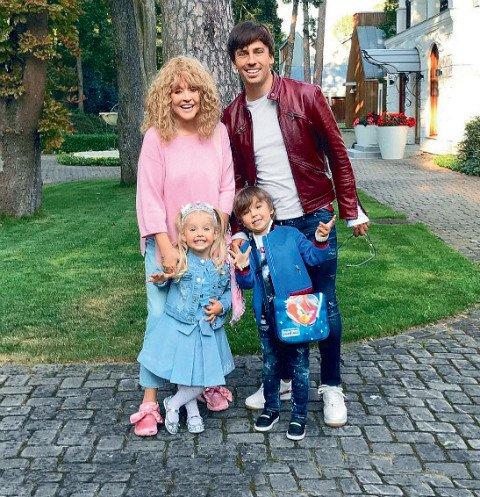Семья Галкиных оформляет роскошные апартаменты на Кипре