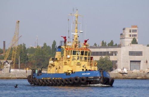 Киев вводит речную блокаду России