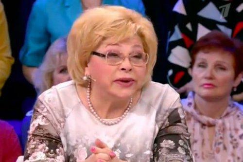 Остоумова и Драпеко рассказали, как Ростоцкий уговорил их на обнаженку