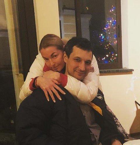 Волочкова оскорбила в соцсети бывшего возлюбленного и его семью