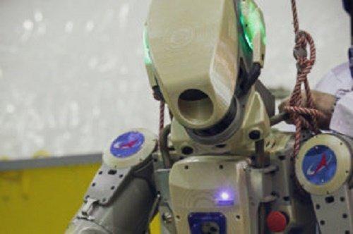 «Надо, Федя, надо»: робот-космонавт Фёдор будет учиться на МКС работать в невесомости
